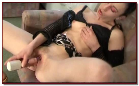 Kitty Shade - Animal Sex PornStar - ZooSex Scene 30
